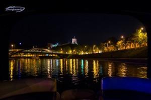 Laivas prie Gedimino bokšto