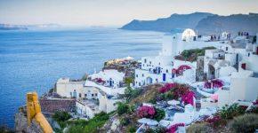 Skrydžiai į Graikiją – geriausias pasirinkimas norintiems pigių atostogų!